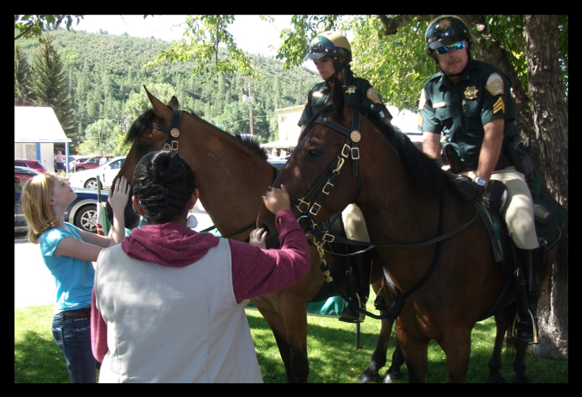 Can I pet your horse? Community Policing at it's finest.
